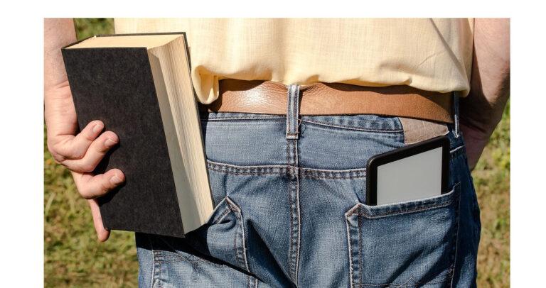 La moda de los lectores electrónicos con pantalla grande