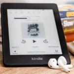 ¿Amazon debería permitirle descargar audiolibros en el Kindle?